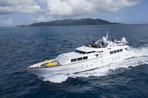 Java superyacht by Broward Motors