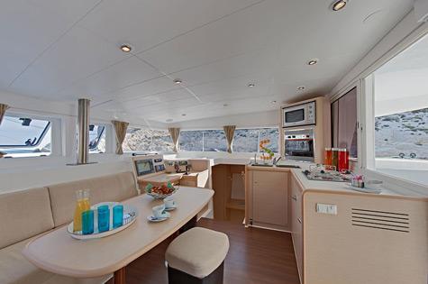 Lagoon 400 interior