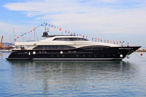 The First Custom Line 124 Hull Launched