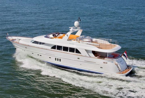 Mulder 92 Flybridge: Classic Lines And Contemporary Interior Layout