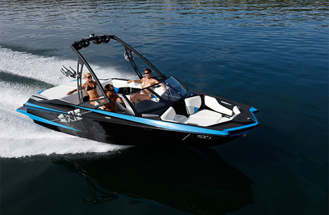 The Axis A20 Power Boat: The Perfect Solution For Your Friends And Family