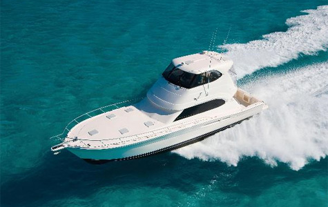 Riviera 51 Enclosed Flybridge SII: Contemporary And Very Comfortable Boat