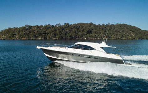 Riviera 5000 Sport Yacht with Zeus. The new 61 Series II Flybridge with a ...