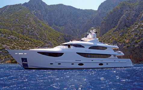 Dreamer: New 135ft Tri-Deck Superyacht By Hargrave