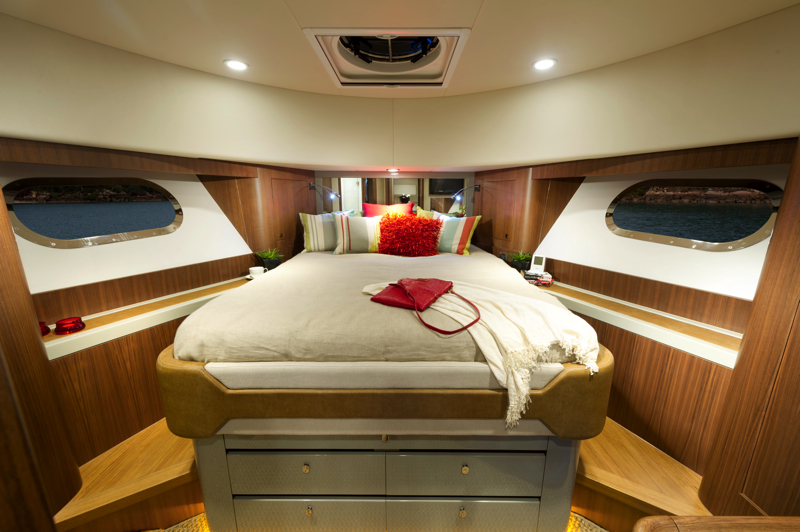 B54 Daybridge Interior Forward Guest Stateroom
