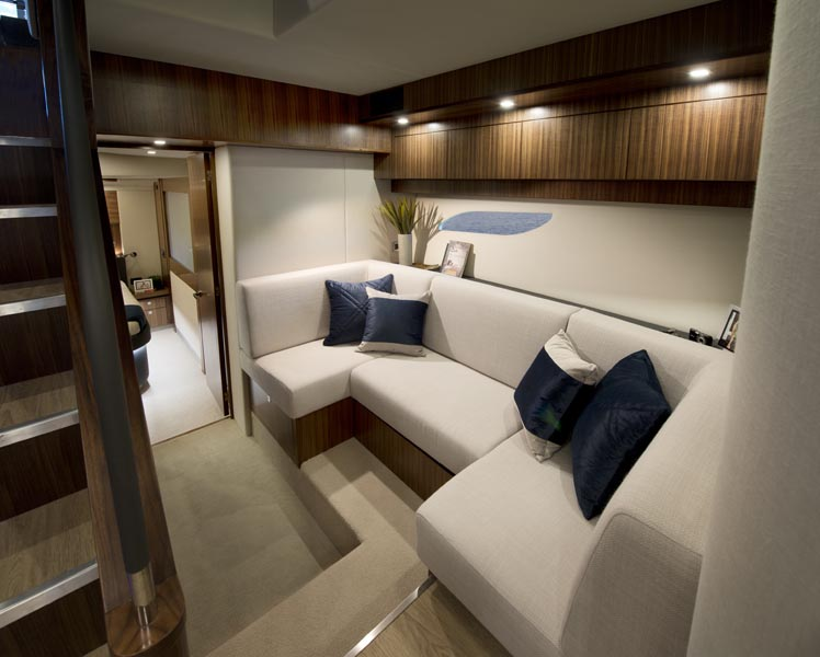 Riviera 6000 sports yacht